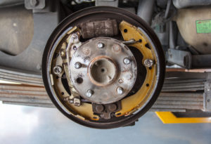repair and replacing drum brakes