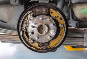 repair and replacing drum brakes